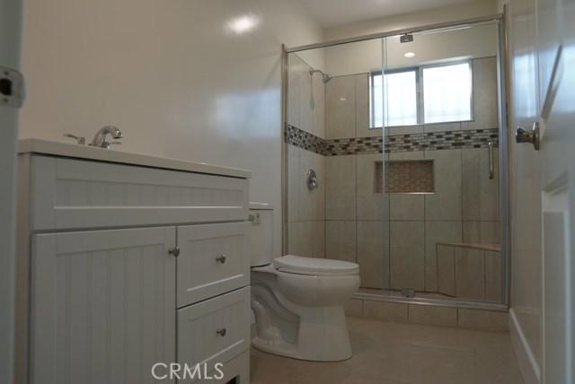 11815 Lowemont Street, Los Angeles, California 90650, 3 Bedrooms Bedrooms, ,1 BathroomBathrooms,Single family residence,For sale,Lowemont,DW20211941
