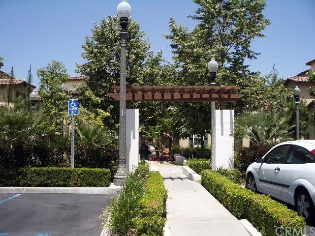 37 Flowerbud, Irvine, CA 92603 Photo 2