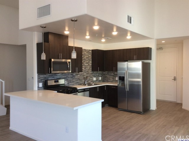 124 W Colorado Street Unit 511 Glendale, CA 91204 - MLS #: 318001287