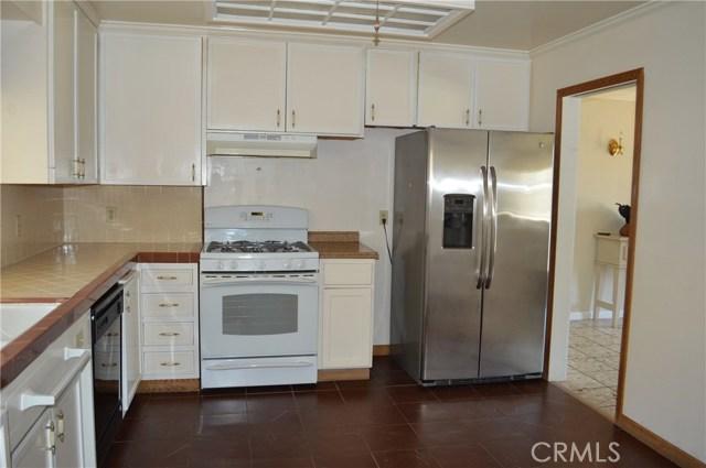 3180 Grand View Avenue, Oroville CA: http://media.crmls.org/medias/0ec01214-6349-43a7-9218-1394ab74ec8a.jpg