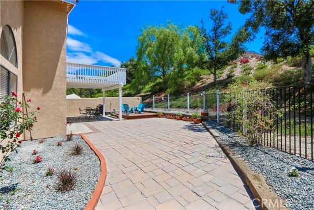 19 Via Honesto, Rancho Santa Margarita CA: http://media.crmls.org/medias/0ec46bcd-2e3c-4e2a-9879-f4f305716c2b.jpg