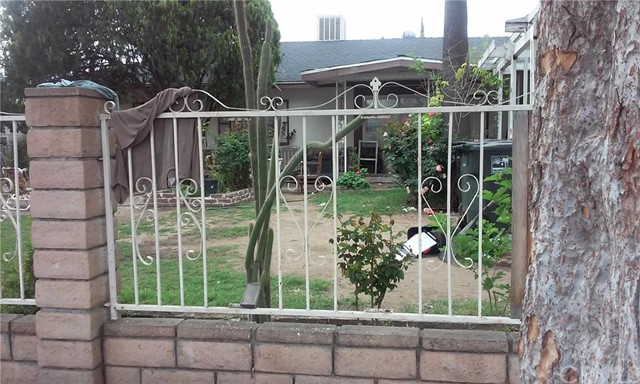 Single Family Home for Sale at 2247 Court Street W San Bernardino, California 92410 United States