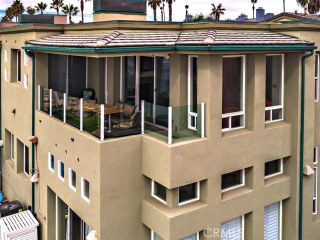 923 S Pacific Street, Oceanside CA: http://media.crmls.org/medias/0ee11a33-e030-480c-92e1-bc9d40722086.jpg