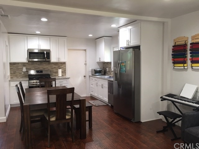 21244 Moneta Avenue, Carson, California 90745, 3 Bedrooms Bedrooms, ,1 BathroomBathrooms,Single family residence,For Sale,Moneta,PW19241331