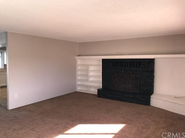 13701 White Sail Dr,, Victorville CA: http://media.crmls.org/medias/0eed500e-ce6d-48ef-bc3a-d481232b5189.jpg