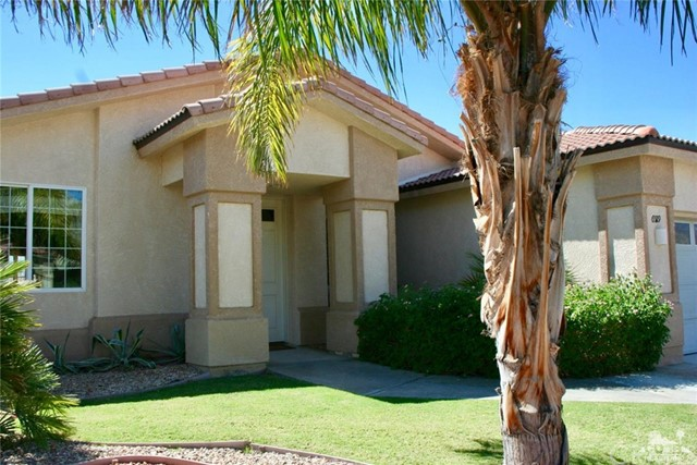 65119 South Cliff Circle, Desert Hot Springs CA: http://media.crmls.org/medias/0eeee006-1cd0-428d-b0d5-9c611332c162.jpg