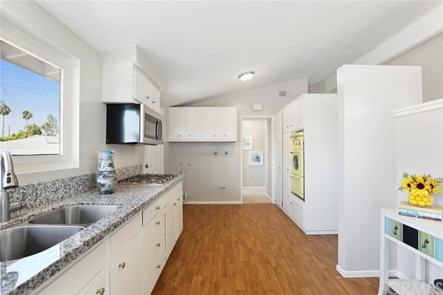 1228 N Maple Street Anaheim, CA 92801 - MLS #: PW17190901