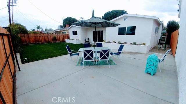 16939 Covello Street, Lake Balboa CA 91406