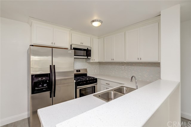 Detail Gallery Image 1 of 1 For 4727 W 147th St #231,  Lawndale,  CA 90260 - 2 Beds   2 Baths