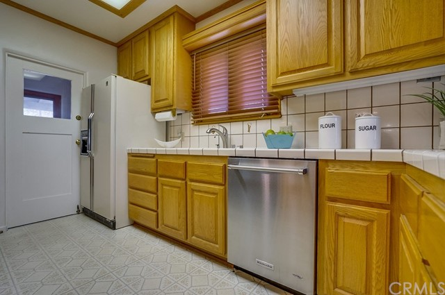 804 New York Drive Altadena, CA 91001 - MLS #: AR18277015