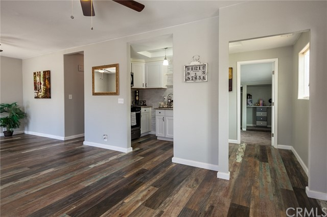 1025 BEAUMONT Avenue, Beaumont CA: http://media.crmls.org/medias/0f032441-fcd3-4cc8-898d-3a3c5a2d48d1.jpg
