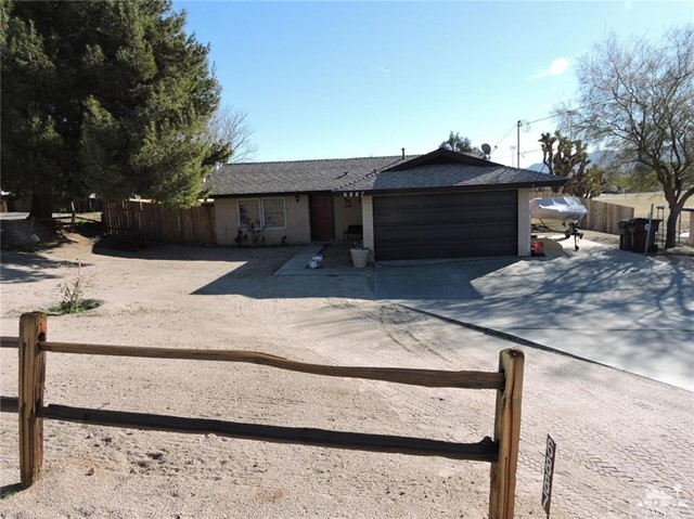 6887 Palm Avenue, Yucca Valley CA 92284