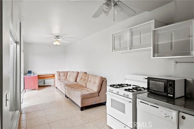2680 Laurel Avenue, Morro Bay CA: http://media.crmls.org/medias/0f072ab0-77d6-4f86-88e1-22817e0b13c2.jpg