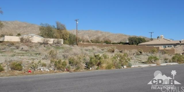 0 Crescent & 4th, Desert Hot Springs CA: http://media.crmls.org/medias/0f0e67bc-1d09-43eb-b1d4-68ac9a7cff30.jpg