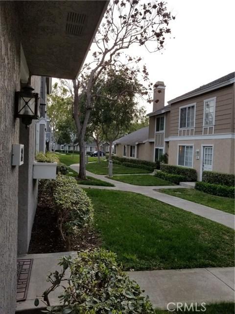 34 Thicket, Irvine, CA 92614 Photo 3