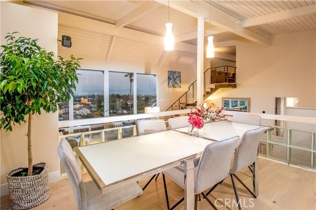 301 Avenida Atezada, Redondo Beach CA: http://media.crmls.org/medias/0f1103d2-91a2-48a3-ae36-dc58fa8fd52d.jpg