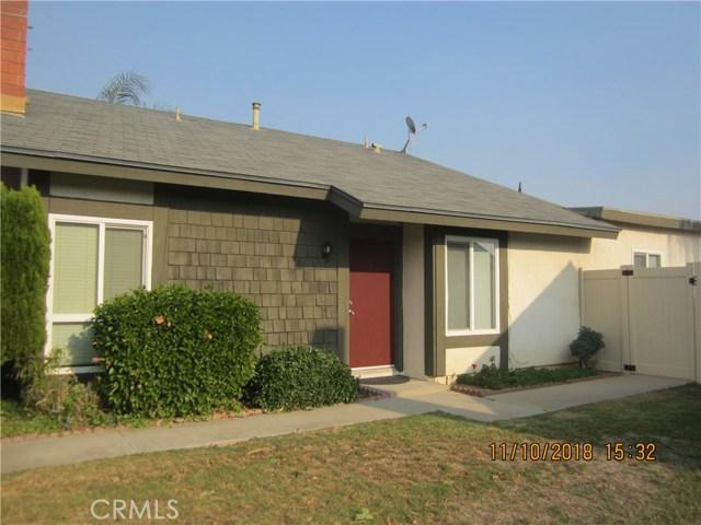 11212 Greenhurst Drive, Riverside CA: http://media.crmls.org/medias/0f26d795-21e0-4b04-803e-7319f0b57efd.jpg
