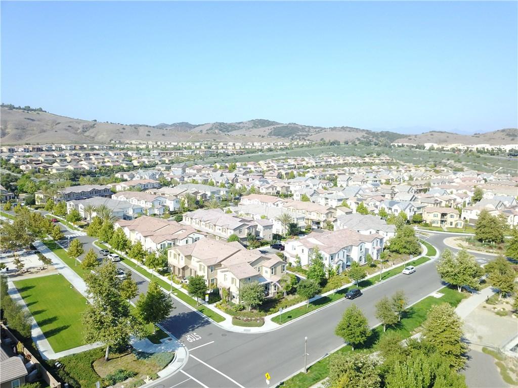 21 Rollizo Street, Rancho Mission Viejo CA: http://media.crmls.org/medias/0f2a367e-0290-4169-81fa-975b553447b2.jpg
