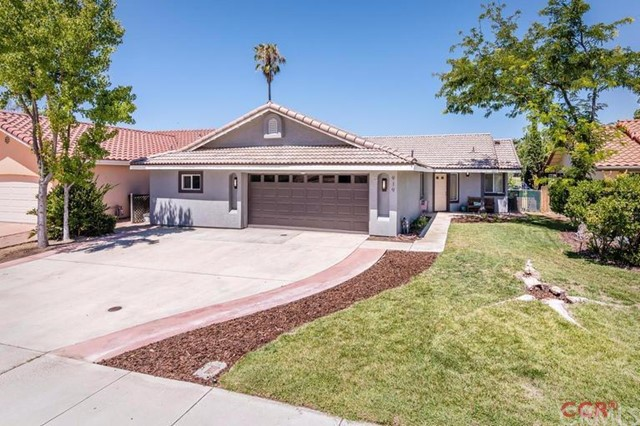 919 Torrey Pines Drive, Paso Robles, CA 93446