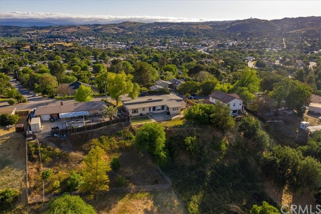 613  Shannon Hill Drive, Paso Robles, California