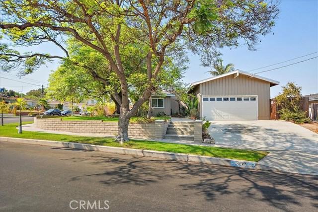 1960 W Santa Cruz Street, San Pedro CA: http://media.crmls.org/medias/0f4536be-8cf9-4ab7-9985-3a39c93d5583.jpg
