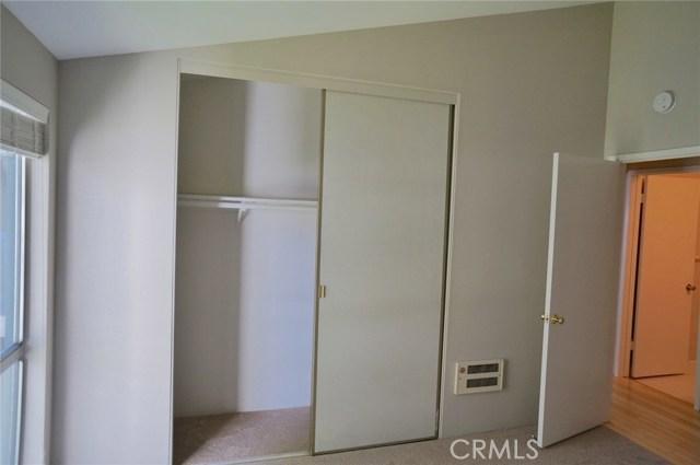 603 S Prospect Avenue, Redondo Beach CA: http://media.crmls.org/medias/0f4b39a8-ad1b-40f2-a7b0-dae2ae97b73f.jpg