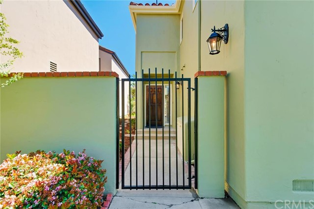 360 Calle Marseille, Long Beach, CA 90814 Photo 36
