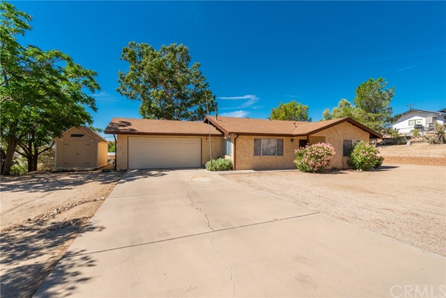 49011 Mojave Dr, Morongo Valley, CA 92256 Photo