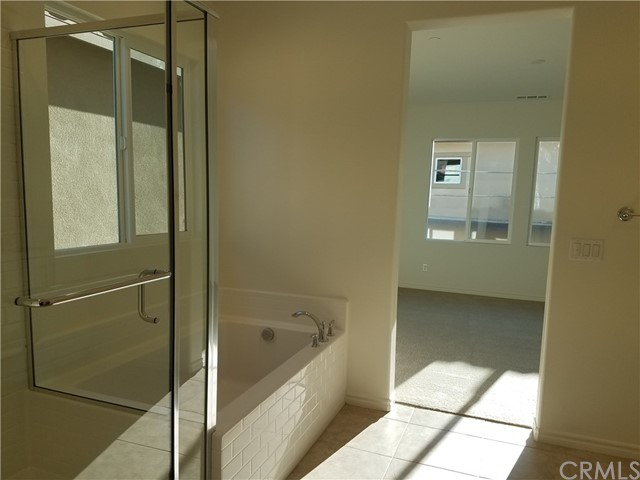 210 W Ridgewood St, Long Beach, CA 90805 Photo 21