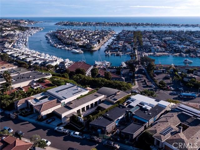 Single Family Home for Sale at 1107 Dolphin Corona Del Mar, California 92625 United States