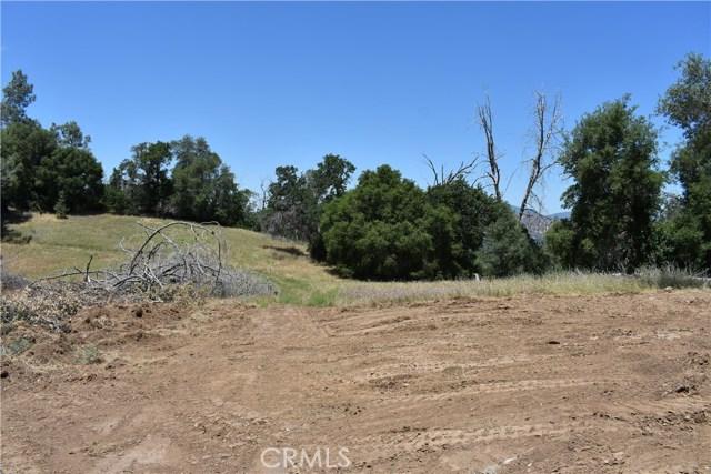 80 Lookout Mountain Road, Mariposa CA: http://media.crmls.org/medias/0f8b00c1-d339-4405-91e6-7ae23fcaa252.jpg