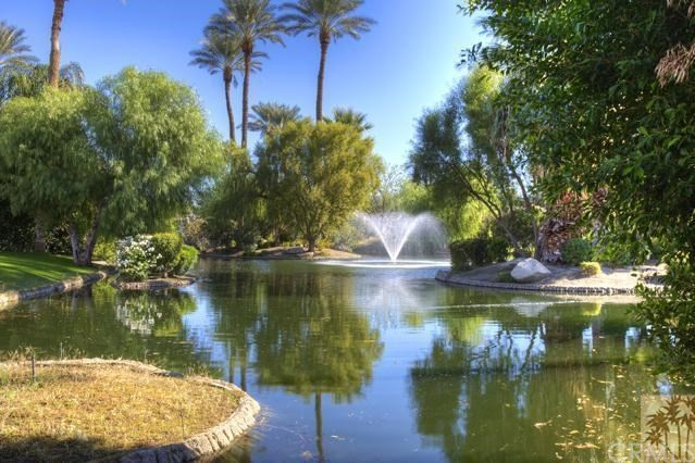 108 Waterford Circle, Rancho Mirage CA: http://media.crmls.org/medias/0f913e84-de0b-45fa-a39f-158a7beffd64.jpg