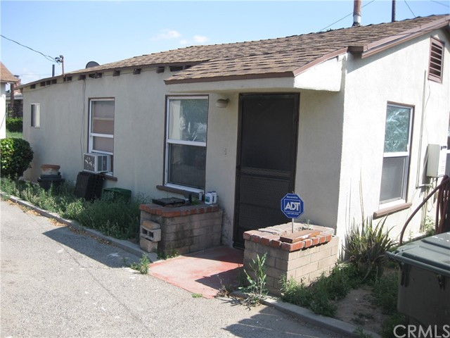 5212 Hammill Road, El Monte CA: http://media.crmls.org/medias/0fb1bbce-a0f1-4646-8cb5-f807f567b4c6.jpg