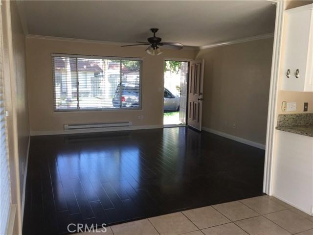 2696 W Almond Tree Ln, Anaheim, CA 92801 Photo 2