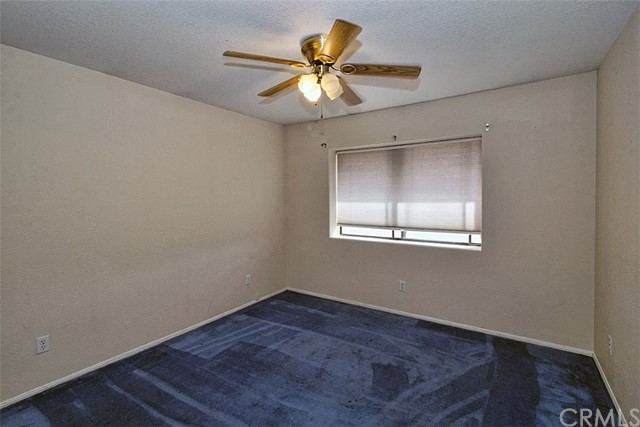 22482 Ramona Avenue, Apple Valley, CA 92307, photo 13