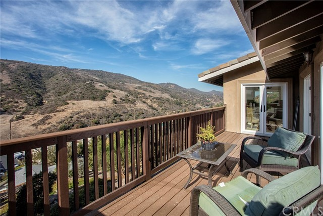 25 Castle Rock Road Laguna Beach, CA 92651 is listed for sale as MLS Listing OC18000209