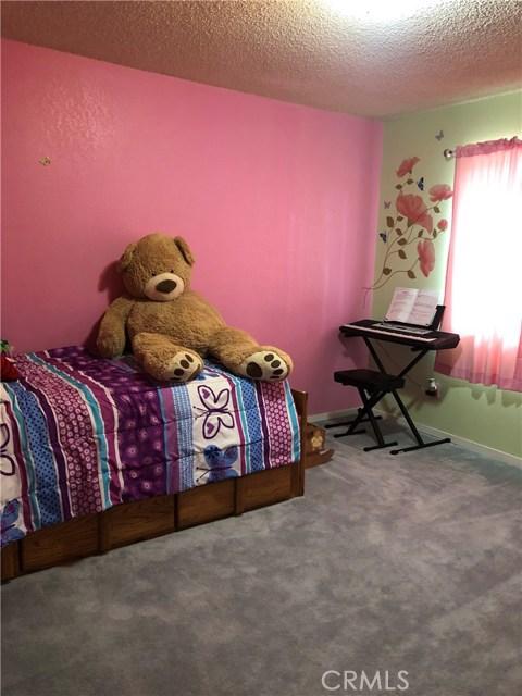9651 Marmot Way, Kelseyville CA: http://media.crmls.org/medias/0ff5ad1e-8217-467c-82b7-045bd7c3322b.jpg