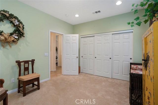 7324 Reserve Place, Rancho Cucamonga CA: http://media.crmls.org/medias/0ff68e21-f9c5-449e-a414-8745ec1b8dd2.jpg
