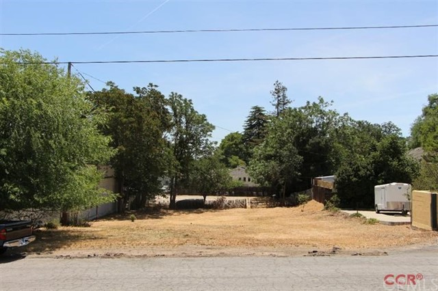 624 8th, Paso Robles, CA 93446