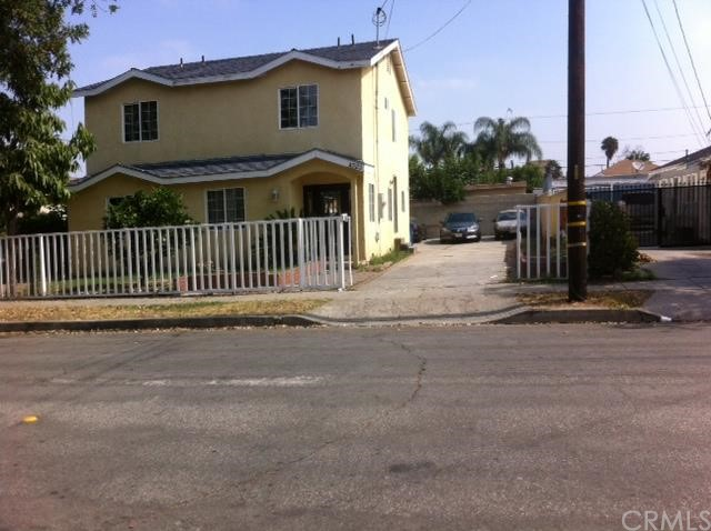 Single Family Home for Sale at 4323 Hartle Avenue Cudahy, California 90201 United States