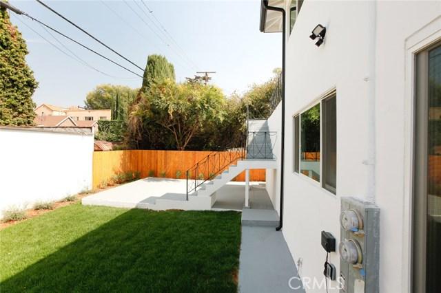 1313 1315 S Redondo Boulevard, Los Angeles CA: http://media.crmls.org/medias/1013a57f-0907-4e53-b4fc-be055ee5ffed.jpg