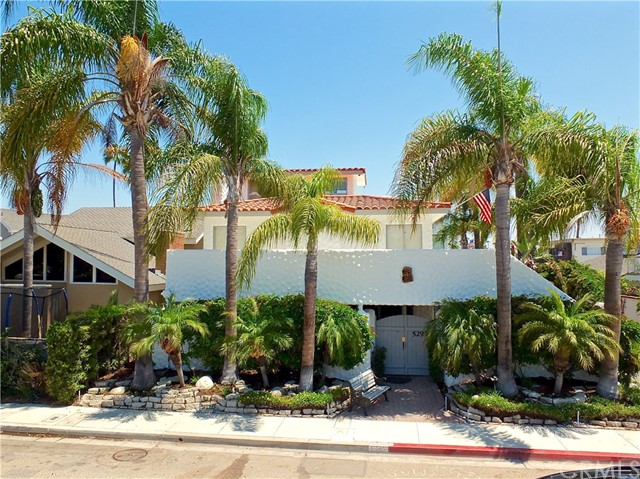 5297 Appian Way, Long Beach CA: http://media.crmls.org/medias/10159c24-8aa7-47db-8663-25e9088b643c.jpg