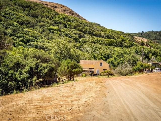1990 Sycamore Canyon, San Luis Obispo CA: http://media.crmls.org/medias/101e0dff-f763-441c-a9ab-21362dc53ce3.jpg