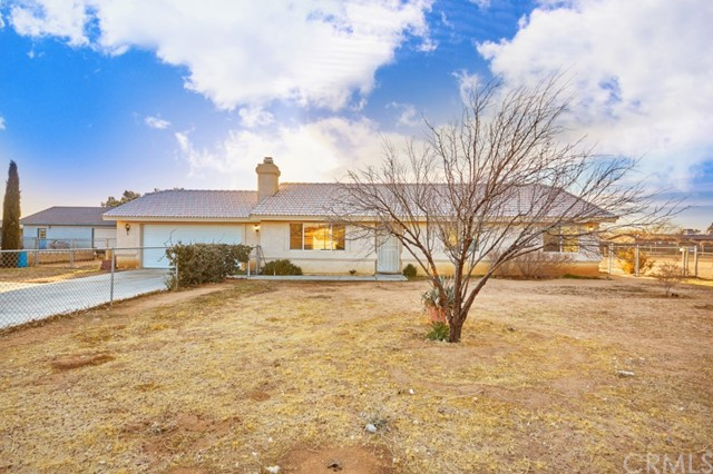 12794 Navajo Road, Apple Valley, CA, 92308