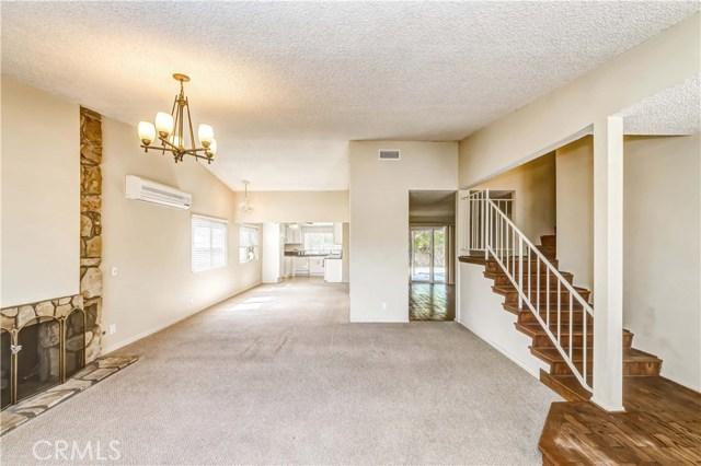 11801 La Serna Drive, Whittier CA: http://media.crmls.org/medias/102c1c41-bcc0-44f0-9882-9d1f67f96a6a.jpg
