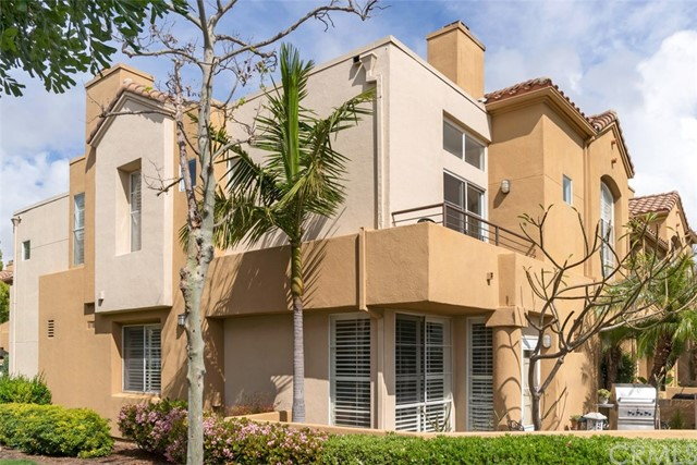Townhouse for Sale at 27 Silverwind Aliso Viejo, California 92656 United States