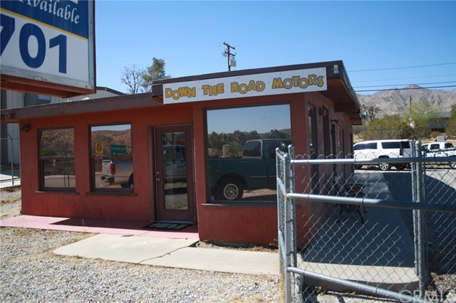 49896 29 PALMS Highway, Morongo Valley CA: http://media.crmls.org/medias/10456f3a-59bf-4dc3-ace1-769d51da5c41.jpg