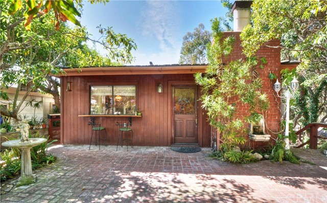 Residential Income for Sale at 721 Jasmine St Corona Del Mar, California 92625 United States