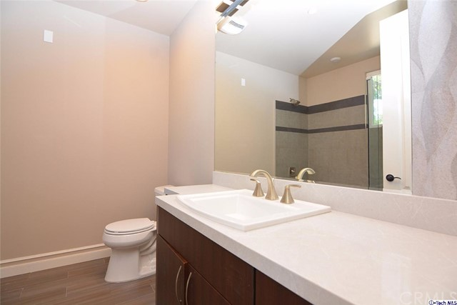 201 N Reese Place Unit 101 Burbank, CA 91506 - MLS #: 317006120
