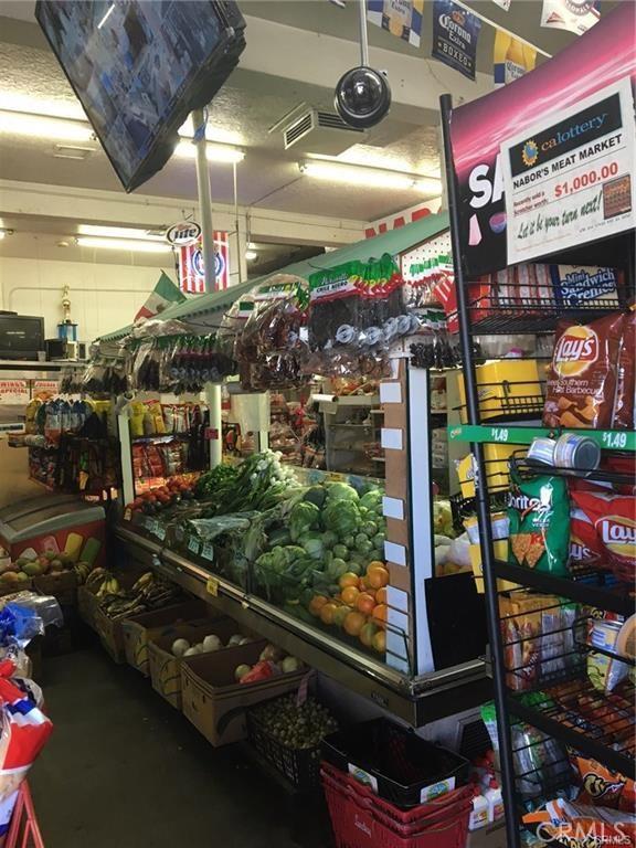1158 E 88th Place, Los Angeles CA: http://media.crmls.org/medias/104fa617-7d47-4fec-987b-13d883866015.jpg
